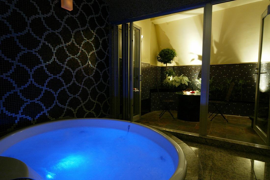 802号室の露天風呂