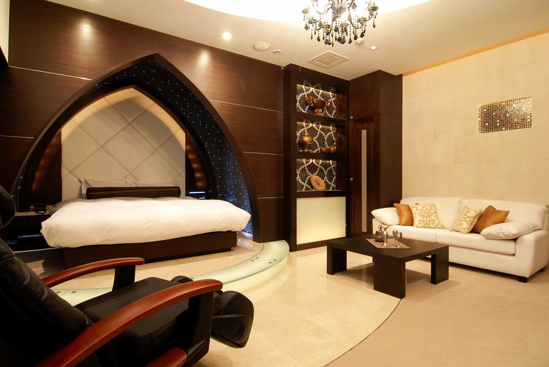 ホテルパシャ802号室